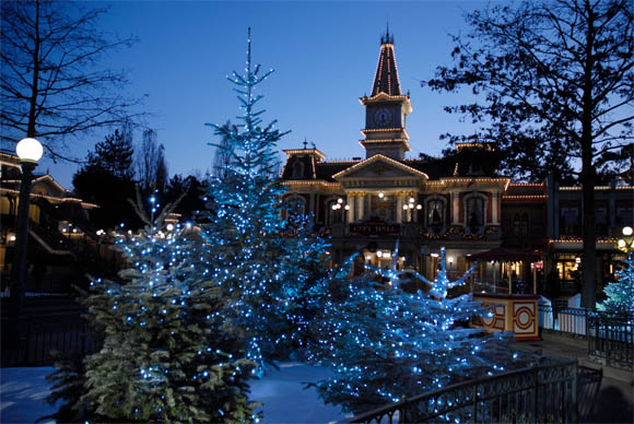 christmas-at-disneyland-paris2.jpg